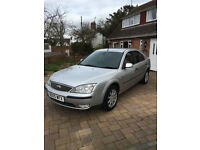 Ford Mondeo 2005 with towbar in perfect condition