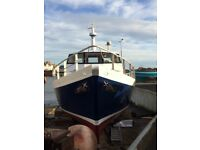 Carvel built boat with Vetus engine(114 how)