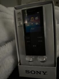 Sony NW-E394 8GB mp3 player