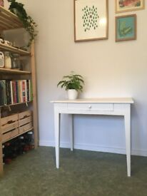 REDUCED! Shabby chic vintage table - white painted wood
