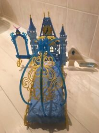 Disney Princess Cinderella's Dream Bedroom Playset