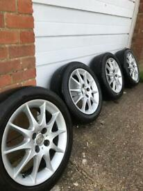 "4 Toyota 16"" Alloy wheels"