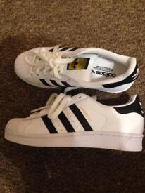 Adidas trainers size 4 - brand new