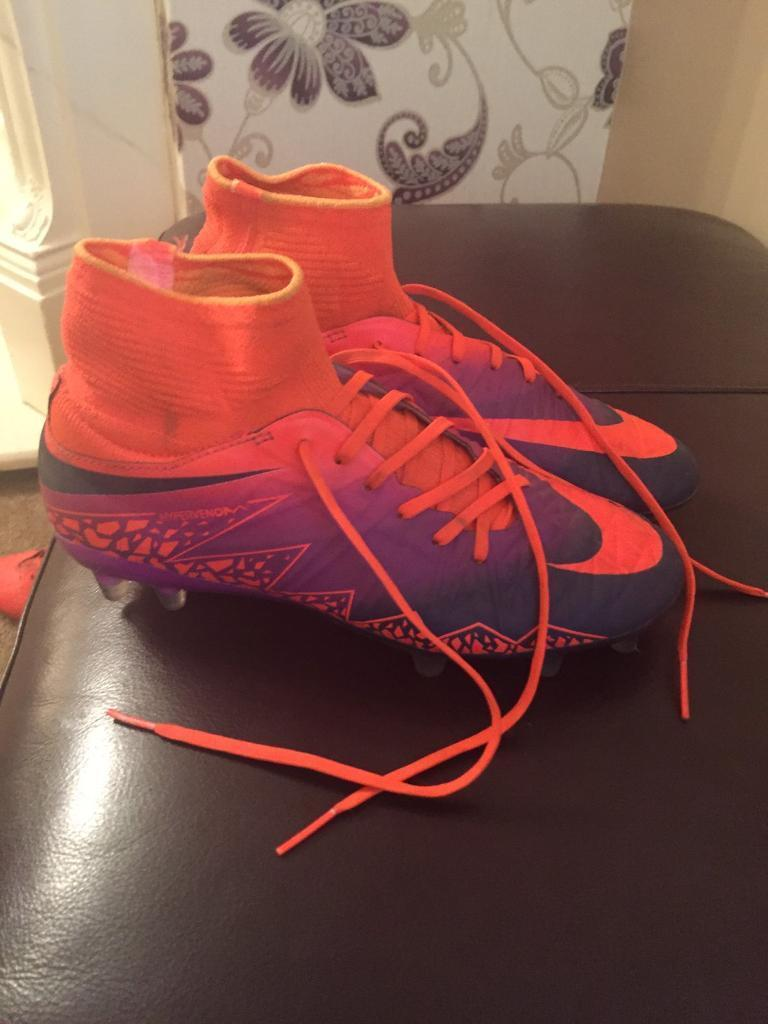 Nike Hypervenom football boots size 3.5in Featherstone, West YorkshireGumtree - Excellent condition. Only used a couple of times. Grab yourself a bargain £25 ono. Ring or text for more details 07790616703