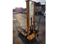 Manual Lifter - 1000kg