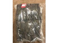 NORTH FACE NUPTSE JACKET ROSIN GREEN GLAMMO PRINT/TNF BLACK NEW IN PACKAGE WITH TAGS MEDIUM