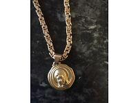 18 CT 22 inch gold chain