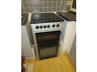 Electric cooker - slim - oven and grill and Ceramic Hob - mum didnt cook much so VG condition