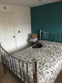 Champions league 2 double rooms for rent