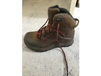 New Safety Shoes for sale size 9