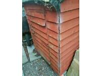 Free garden storage / small shed