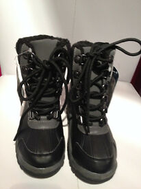 Brand New With Tag Children Boots By Marks & Spencer Size10