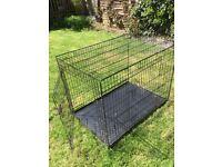 Large Dog cage. Make Elle boo. Black easy to put up