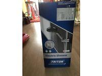 Triton 9.5w electric shower