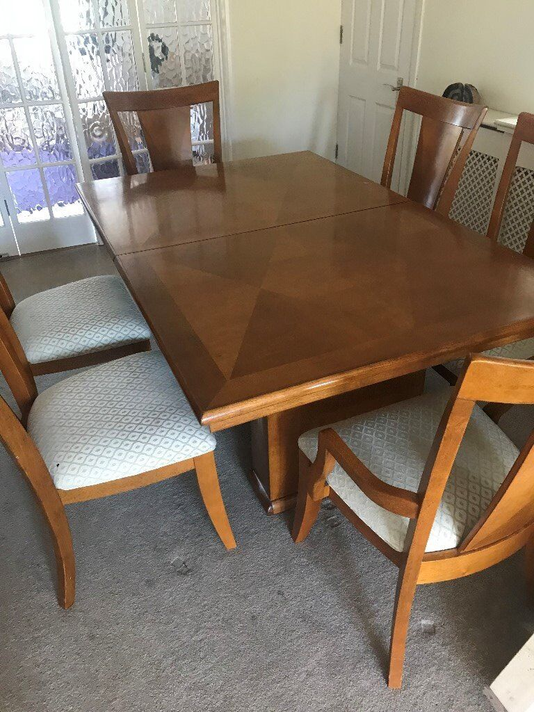 Large extendable maple wood dining room table 6 upholstered dining chairs 3 drawer 2door sideboard