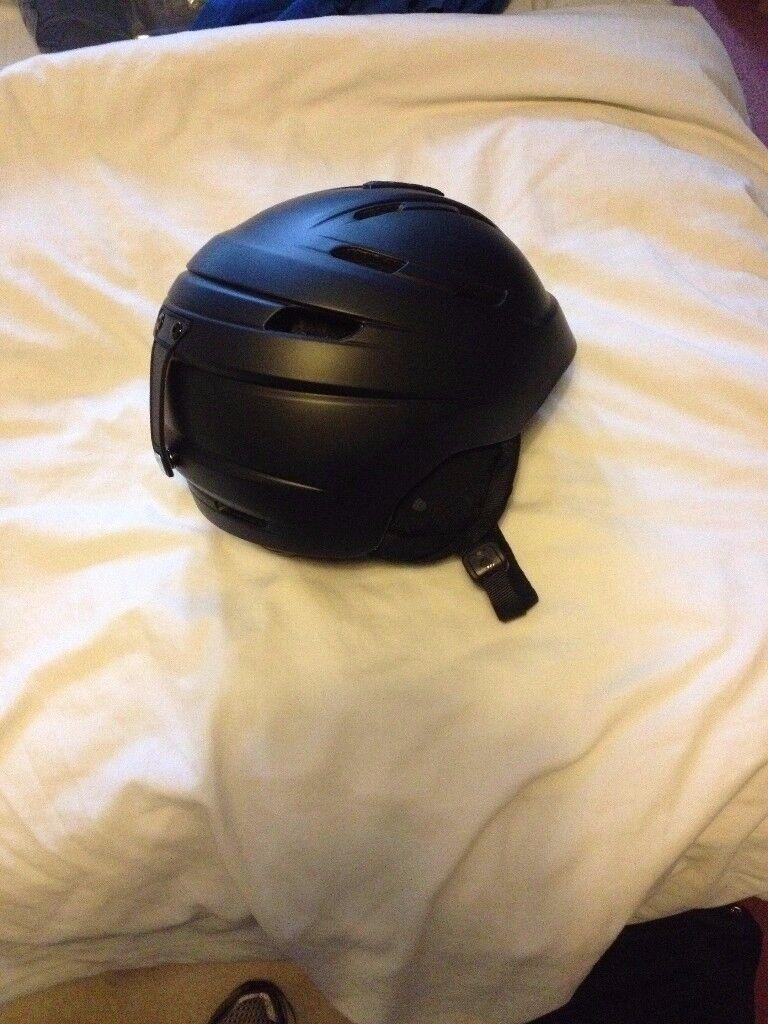 Helmet size meduim 56-58cm brand new