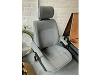 VW T4 Caravelle Captains chair with swivel plate (near-side / passenger seat for a RHD vehicle)