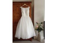 Wedding dress - size 10 - vintage 50s style