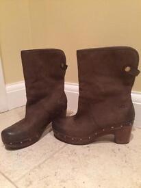 UGG Brown Lynnea Boots. Size U.K. 5.5