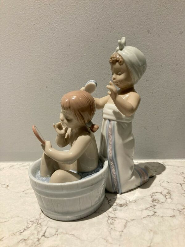 lladro Figurine #6357 Bathing Beauties
