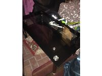 2 tiered glass table