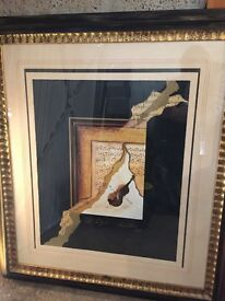 Framed picture of a violin and musical notes