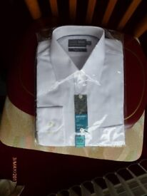 Gents White M&S Pure Cotton Shirt, Size 15 ½ inch.