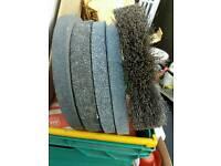 Bench grinder wheels x5