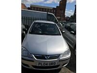 Vauxhall corsa 1.2 petrol 5 doors hatchback 5 seater family car 2004 04 plate