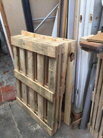 Wooden Pallet Tops