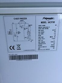 Small Chest Freezer 98 litre ***SOLD***