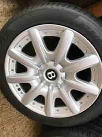 Bentley Wheele