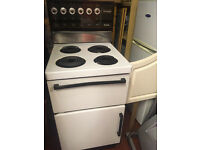 Electric Cooker - 4 Hobs, Top Grill/Oven, Bottom Oven