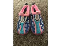 Girls pool shoes size 8