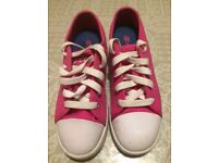 Geniune Heelys Size Two Fuchsia Pink Good Condition Boxed