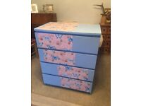 Stunning large set of draws free local delivery