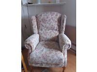 Grande Chair