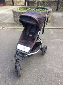 Mountain Buggy Urban Jungle Pushchair 2012 good condition with extras