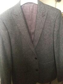 Men's Wool Grey two piece suit- WORN ONCE, IDEAL FOR PROMS,WEDDINGS ETC.