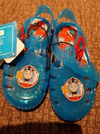 Boys Thomas the tank engine sandals size 6