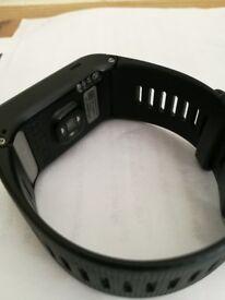 Garmin Vivoactive 2 HR GPS Smart Watch. No box. Excellent condition. £100. Bargain.