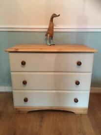 Solid Wood Chest Drawers