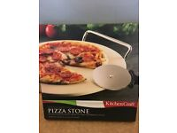 Pizza stone, serving rack & pizza cutter