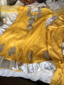 Never worn Índia Dress