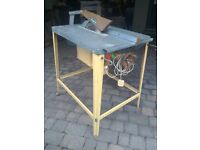 Table saw.
