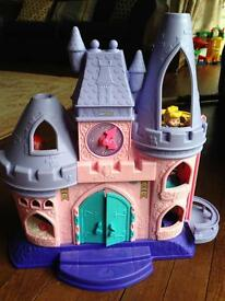 Little people Disney princess castle and carriage