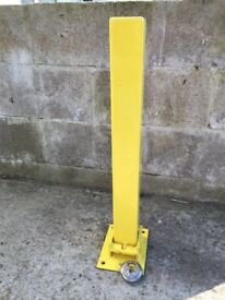 Fold down Parking/Security post
