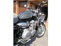 Triumph thunderbird 900 . Gorgeous bike . Very good condition.