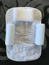 Cleva mama sleep positioner Wedge good for colic and reflux
