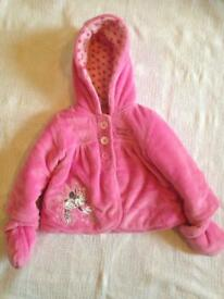 Disney girl winter jacket 3-6 months big fit
